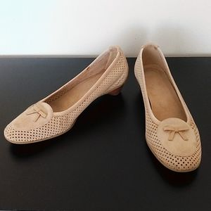 Stuart Weitzman Suede Tan Perforated Kitten Heels